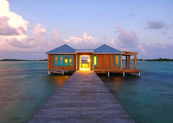 Intimate Over-the-water Bungalow in Belize: Casa Ventanas