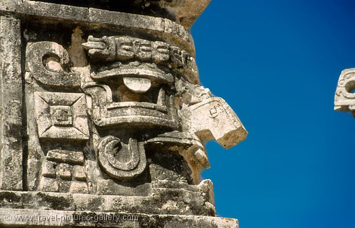 Chaac god at Chichen Itza http-::www.travel-pictures-gallery.com