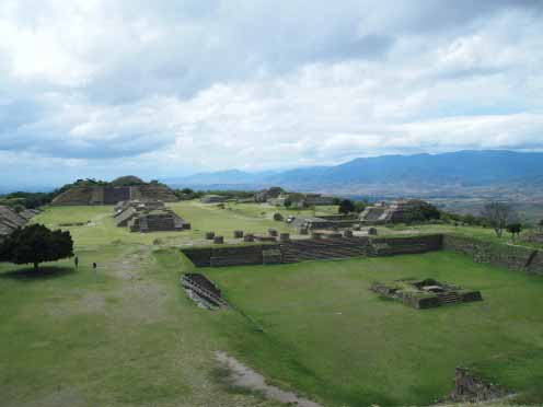 Monte Alban - hubpages.com