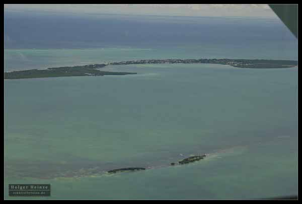 Passing Caye Caulker - Wir fliegen an Caye Caulker vorbei