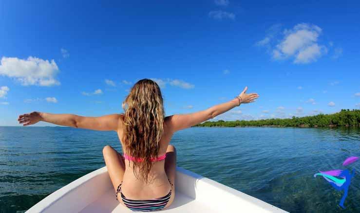 GoFish Belize boat