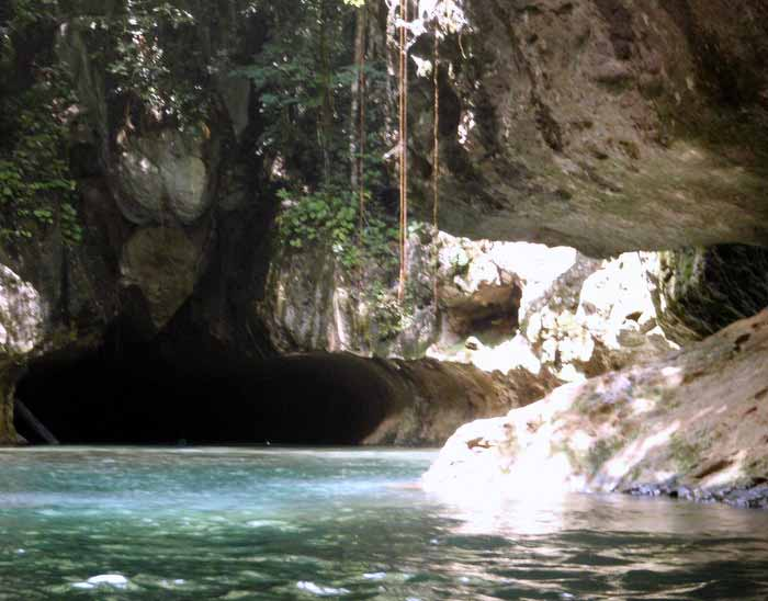 Cave Tubing Tours in Belize