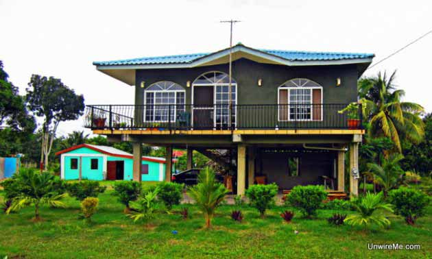 Houses of Belize