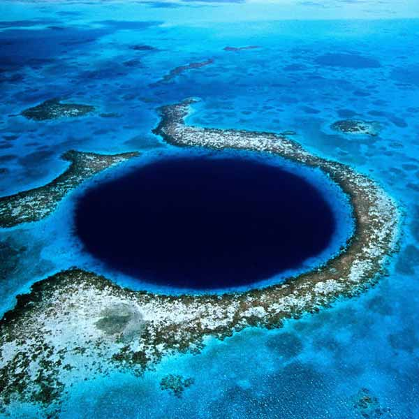 Lighthouse reef atoll great blue hole pics video for Deep sea fishing belize