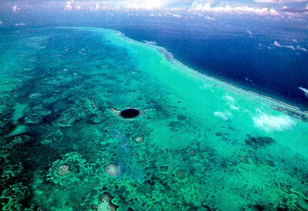 Great blue hole belize diving phrase opinion