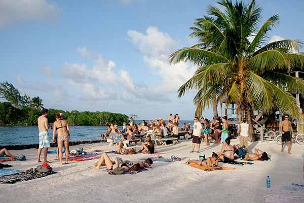 the split 2 Finding Paradise on Caye Caulker