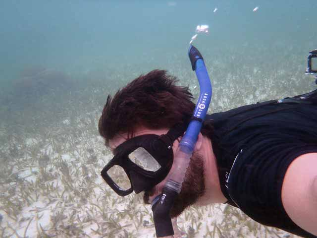 Snorkel in Belize