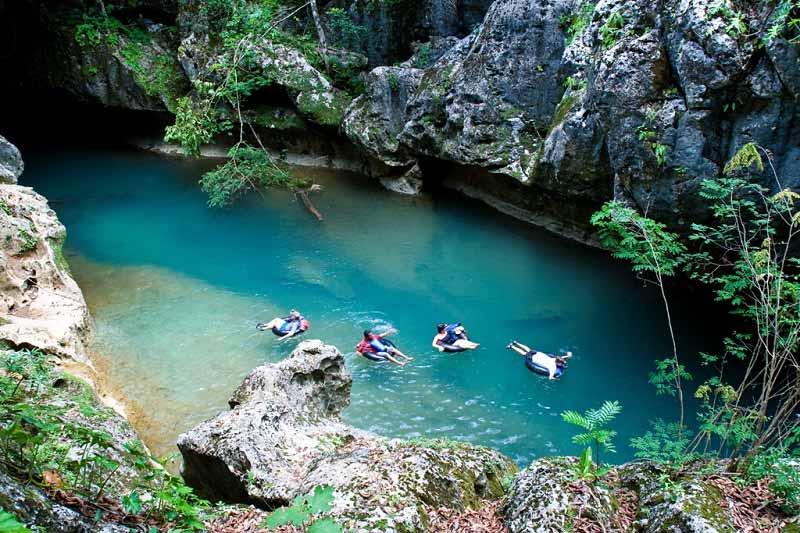 Belize-Cave-Tubing