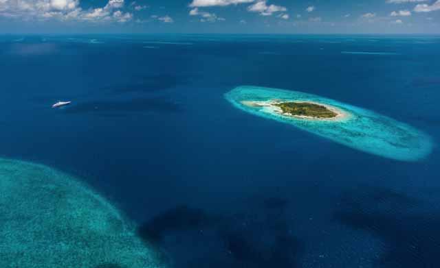 Stunning Remote un-inhabited Islands 2