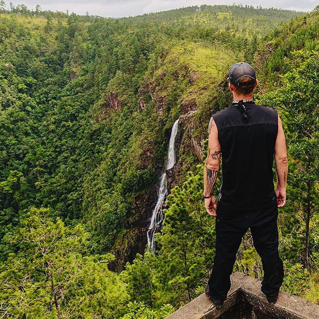 pictures-of-belize-adventures-mountain-pine-ridge-1000-ft-waterfalls