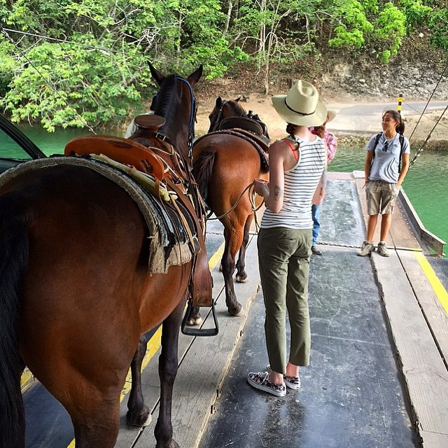 pictures-of-belize-horseback-riding-xunantunich-mayan-ruins