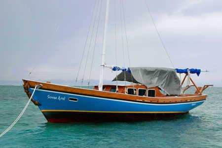 sail boat in San Pedro copy.jpg