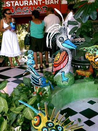Lobby_is_full_of_jungle_plants_and_animal_characatures.jpg