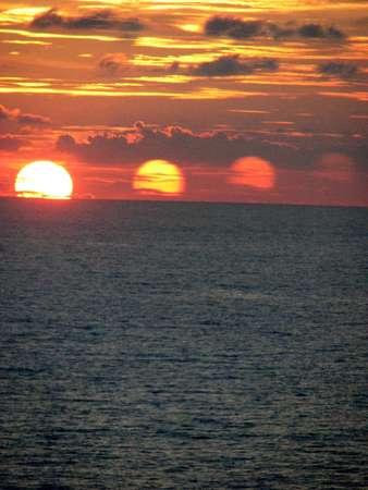 sunsetx4.jpg