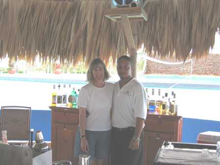 Gela_and_Cesar_-_May_2005_Placencia.jpg