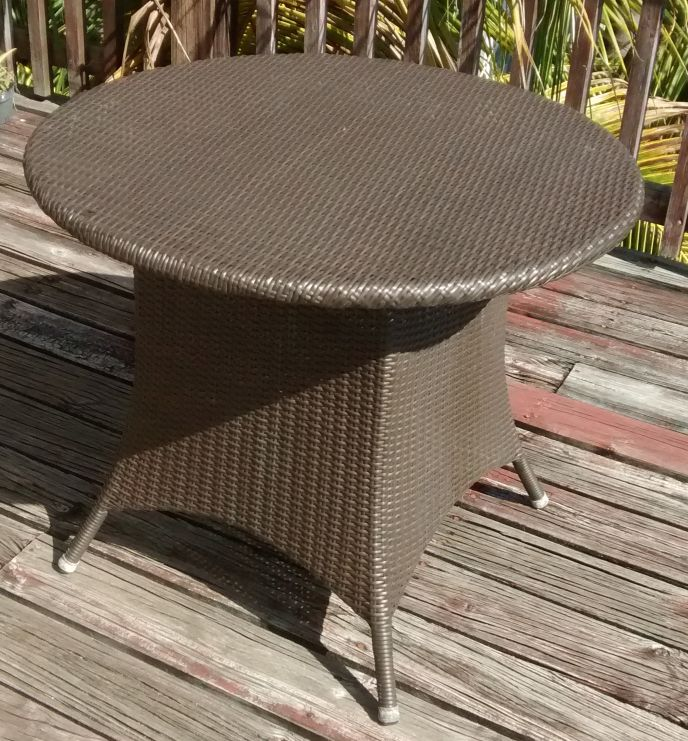 Attached picture Rattan PatioTable.jpg