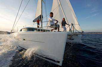 Belize Sailing, Charter Boats and Boating